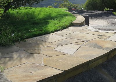 Sawn flagging crazy paving